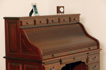 Vintage-Rolltop-with-Top-Drawers